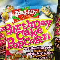 Toad Alley Birthday Cake Popcorn 85g