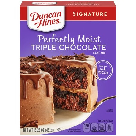 Duncan Hines Signature Perfectly Moist Triple Chocolate Cake 452g